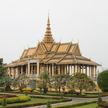 Visite du palais royal à Phnom Penh et de Wat Phnom