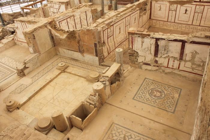 Maison en rénovation à Ephèse