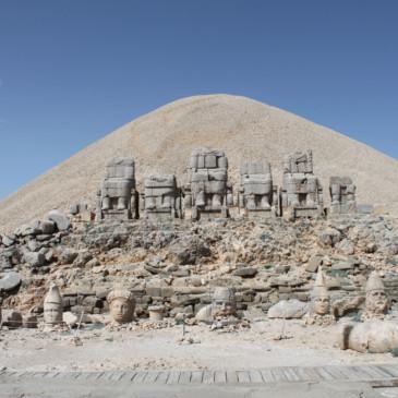 L'est de la Turquie, carpes sacrées et géants décapités
