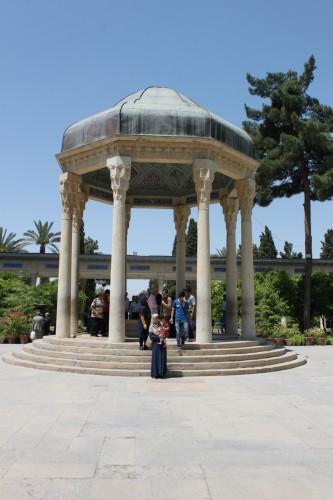 Le tombeau du poête Hafez