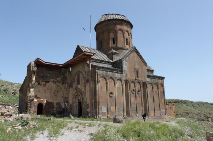 Église Saint-Grégoire de Tigrane Honents à Ani