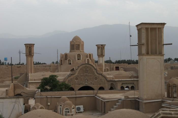 Sur le toit du hamman e-Sultan Mir Ahmad