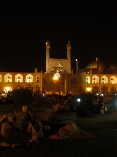 Les piques niques sur la place Naghsh-e à Ispahan