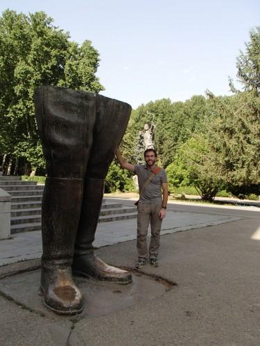 La statue du Sha dans son palais de Téhéran