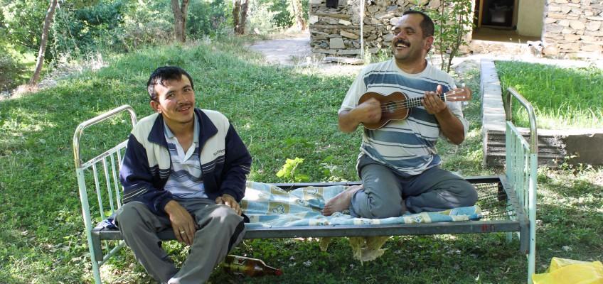 Sentyab, leçon de ukulele