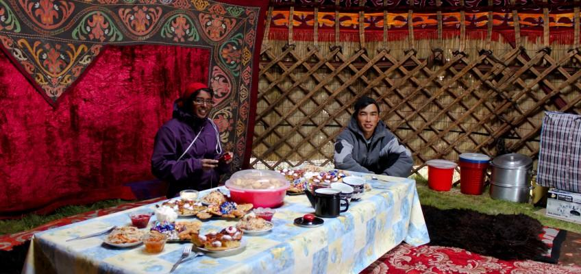 Banquet de l'Aïd dans la yourte