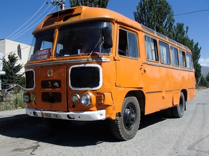Bus à Karakol