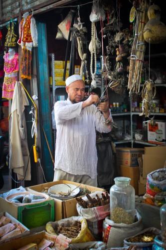 Commerçant ouïghour à Urumqi