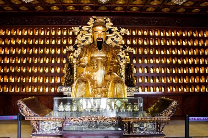 statue xi'an