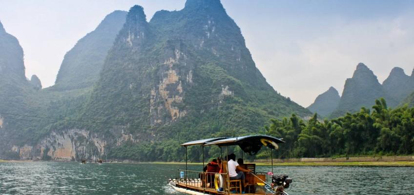 Sur le rivière Li