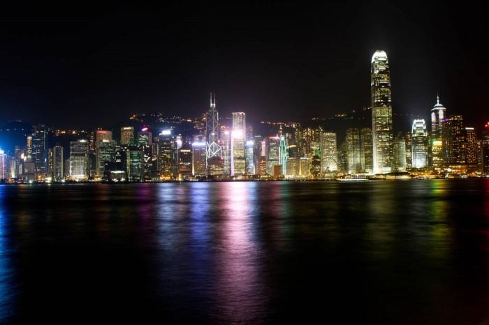 Skyline de Hong Kong la nuit