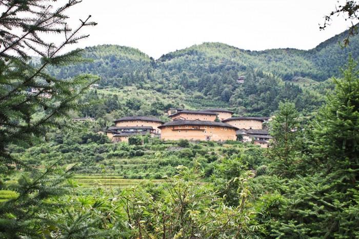 tulou-village-tianluokeng-Taxia