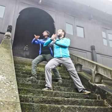 Du Kung Fu et des monastères dans les brumes du Mont Emei