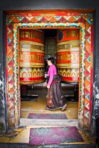 Grands moulins à prière à Kangding