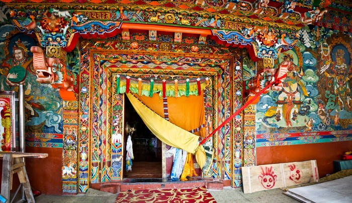 Entrée d'un temple au Gompa Chode