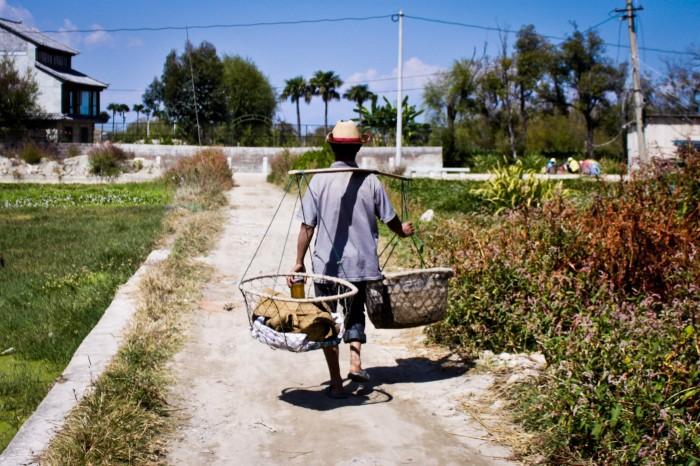 Paysan dans un village du lac Erhai au Yunnan