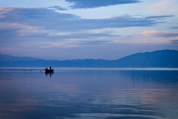 Pêcheurs sur le lac Erhai au Yunnan