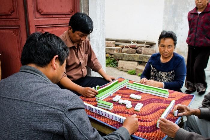 Joueurs de domino à Weshan