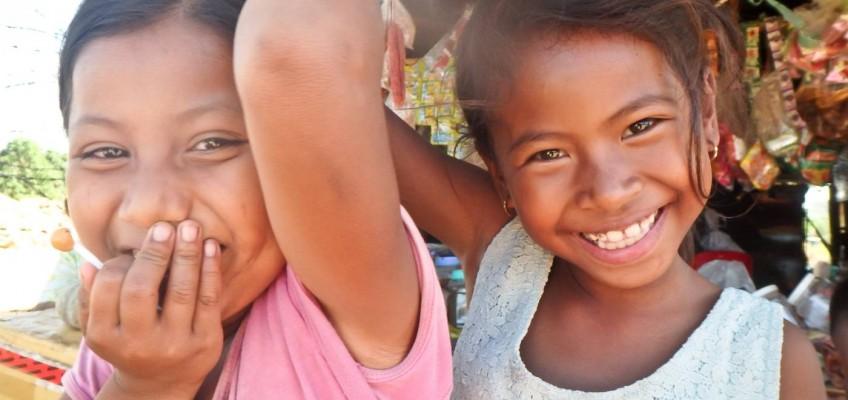 Les enfants ont le sourire facile