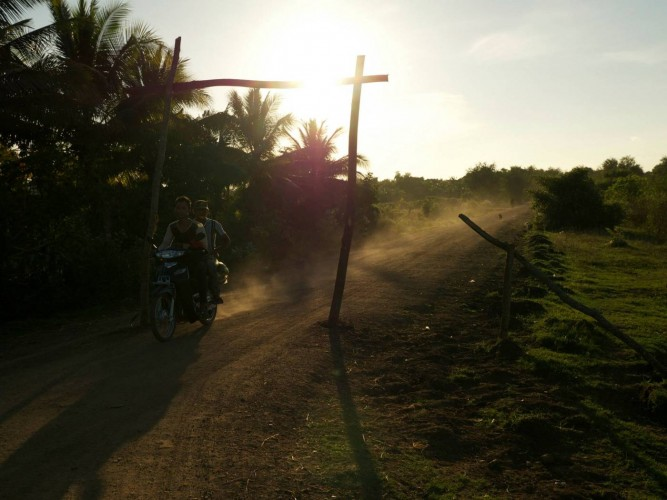 Le soir dans la campagne cambodgienne