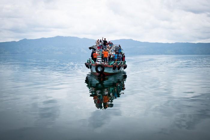 Lac_toba_bateau