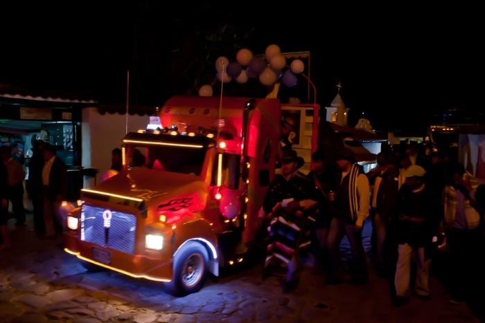 Villa_de_Leyva_camion
