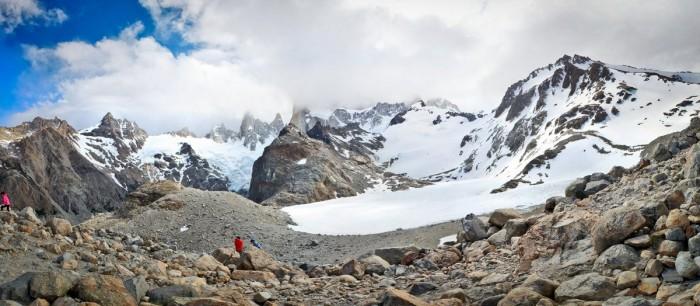 Le lac gelé aux pieds du Fitz Roy
