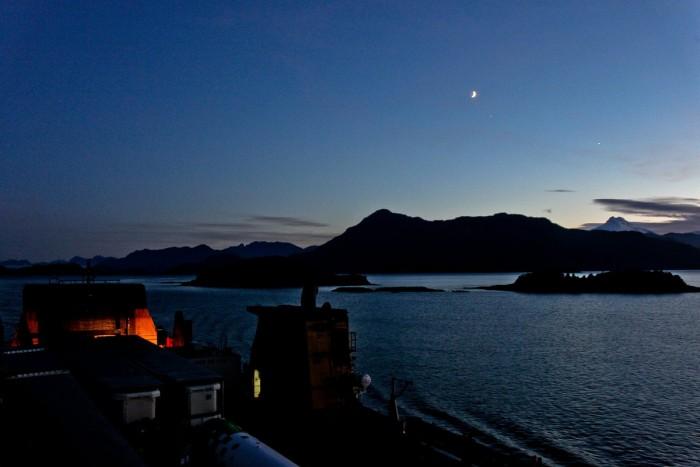 Sur le ferry la nuit, en direction de Puerto Chacabuco